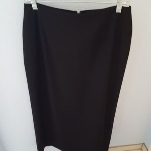 Eddie Bauer black ankle length skirt